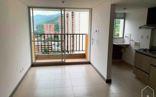 Se vende apartamento en 𝐔𝐧𝐢𝐝𝐚𝐝 𝐕𝐢𝐯𝐞𝐧𝐳𝐚, 𝐂𝐨𝐩𝐚𝐜𝐚𝐛𝐚𝐧𝐚, piso 19, de 𝟔𝟐 𝐦𝐭𝟐, distribuidos en: balcón; 𝐬𝐚𝐥𝐚 𝐜𝐨𝐦𝐞𝐝𝐨𝐫; 𝐜𝐨𝐜𝐢𝐧𝐚 𝐢𝐧𝐭𝐞𝐠𝐫𝐚𝐥; 𝐭𝐫𝐞𝐬 𝐡𝐚𝐛𝐢𝐭𝐚𝐜𝐢𝐨𝐧𝐞𝐬, 𝐥𝐚 𝐩𝐫𝐢𝐧𝐜𝐢𝐩𝐚𝐥 𝐜𝐨𝐧 𝐛𝐚ñ𝐨 𝐲 𝐯𝐞𝐬𝐭𝐢𝐞𝐫, 𝐥𝐚𝐬 𝐨𝐭𝐫𝐚𝐬 𝐝𝐨𝐬 𝐜𝐨𝐧 𝐜𝐥𝐨𝐬𝐞𝐭; 𝐳𝐨𝐧𝐚 𝐝𝐞 𝐫𝐨𝐩𝐚𝐬; 𝐛𝐚ñ𝐨 𝐬𝐨𝐜𝐢𝐚𝐥, 𝐜𝐮𝐚𝐫𝐭𝐨 𝐮́𝐭𝐢𝐥 y 𝐩𝐚𝐫𝐪𝐮𝐞𝐚𝐝𝐞𝐫𝐨.